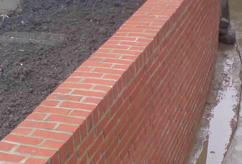 Brick04